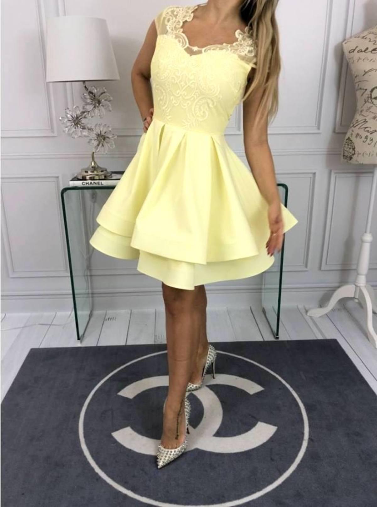c46043f08f669 40- dĺžka 92cm, hrudník 46-51cm x 2 po natiahnutí,. Krátke spoločenké šaty  AMELIA-žlté